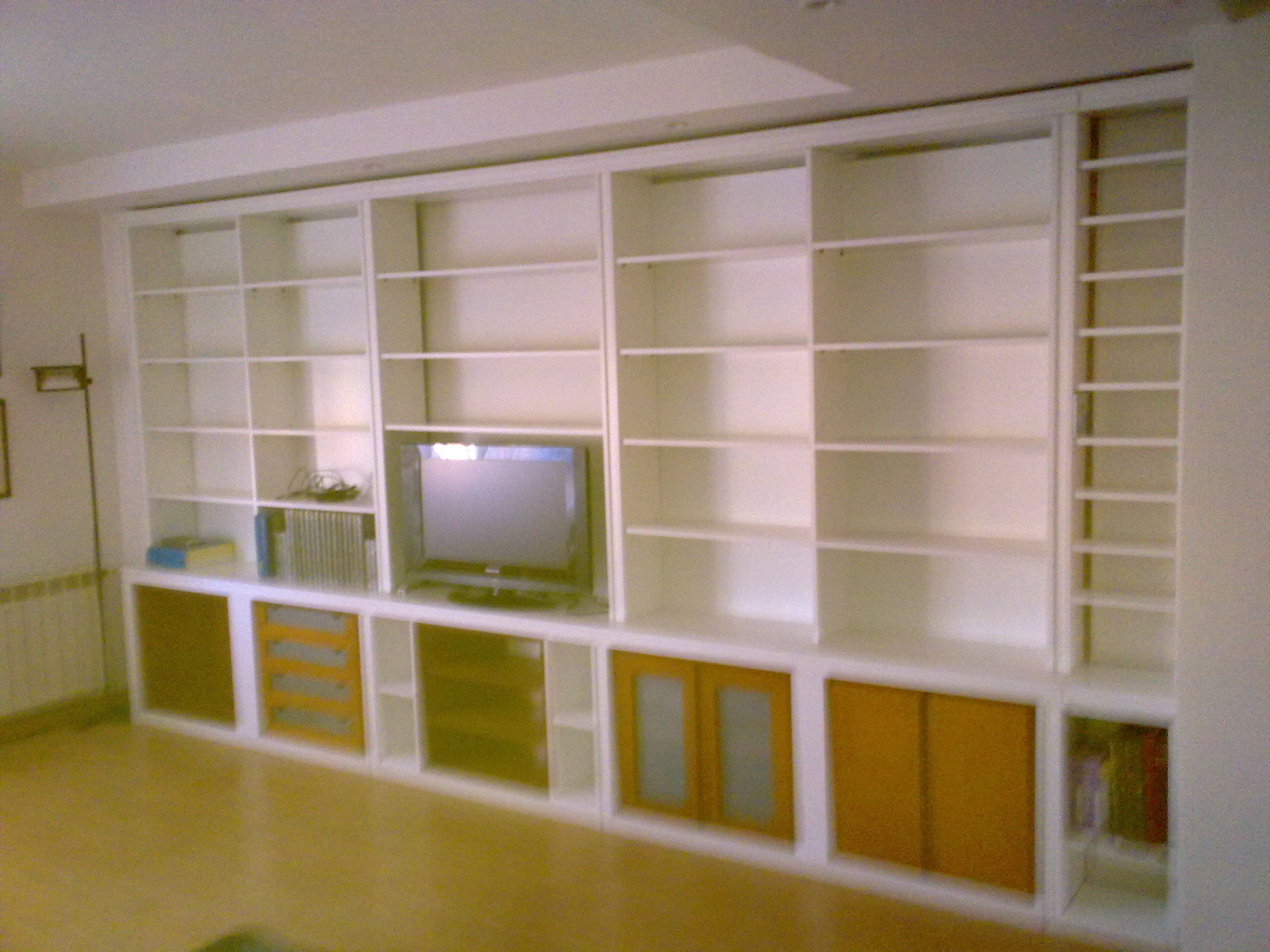 Librer as entre madera for Mueble libreria